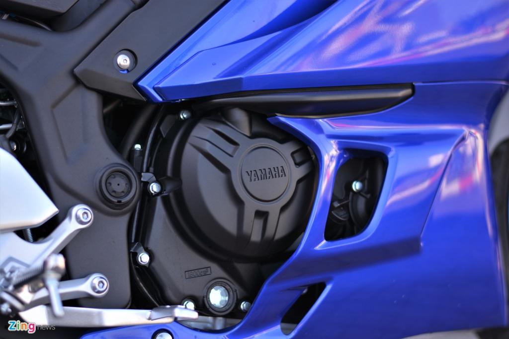 CFMoto 300SR dau Yamaha R3 anh 12