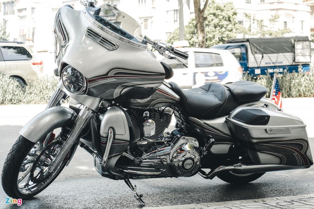 Harley-Davidson Street Glide lot xac anh 11