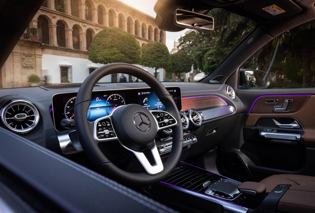 Mercedes-Benz GLB ra mat Thai Lan anh 7