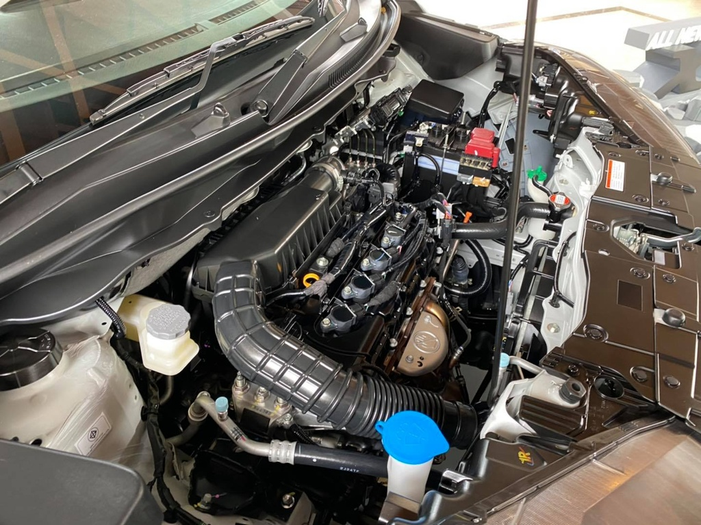 Suzuki XL7 ra mat tai Thai Lan anh 10