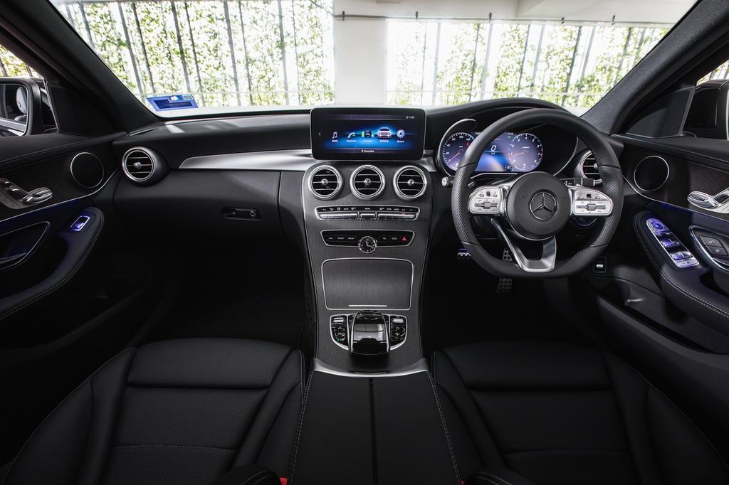 Mercedes-Benz ra mat C 200 AMG anh 5