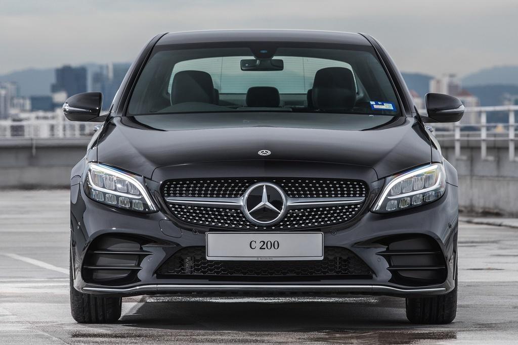 Mercedes-Benz ra mat C 200 AMG anh 8