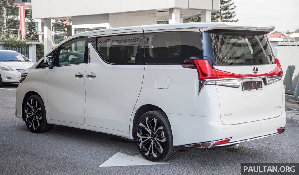 Toyota Alphard do thanh Lexus LM anh 2
