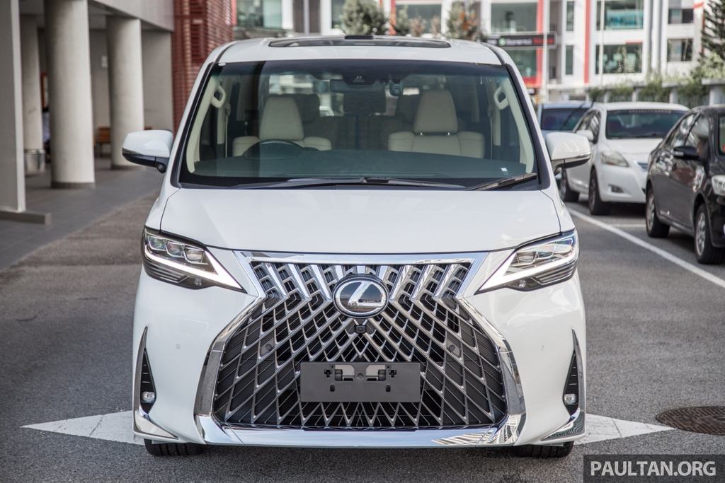 Toyota Alphard do thanh Lexus LM anh 3