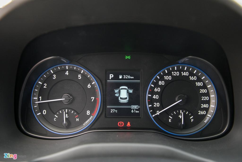 Chon Kia Seltos 1.4 Premium hay Hyundai Kona 1.6 Turbo? anh 16