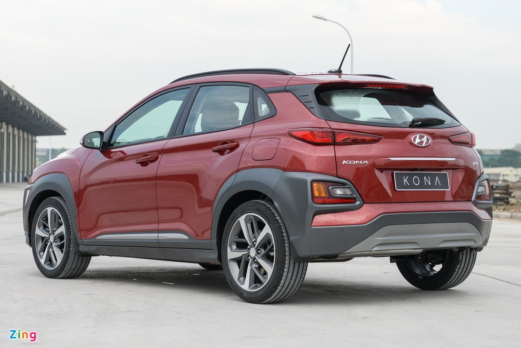 Chon Kia Seltos 1.4 Premium hay Hyundai Kona 1.6 Turbo? anh 6