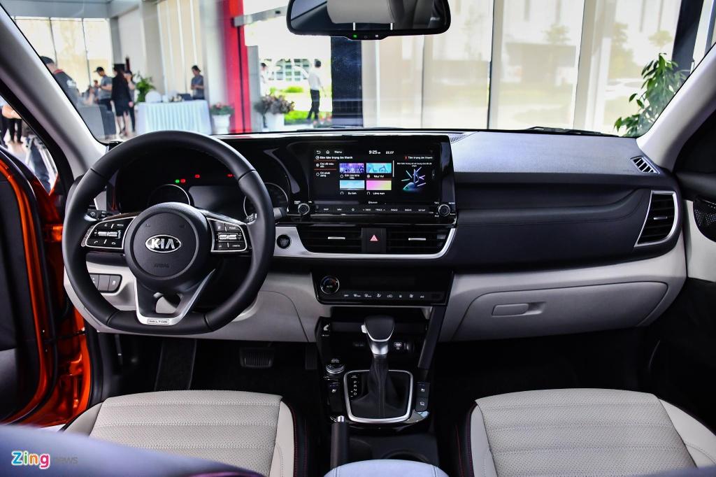 Chon Kia Seltos 1.4 Premium hay Hyundai Kona 1.6 Turbo? anh 9