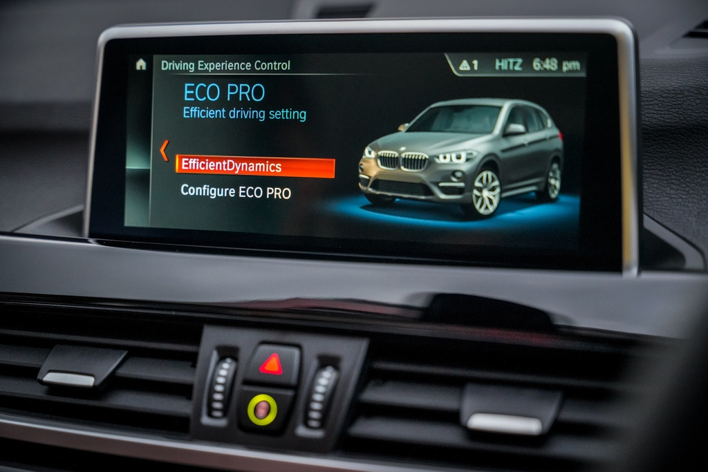 BMW X1 sDrive18i 2020 ra mat Malaysia anh 6