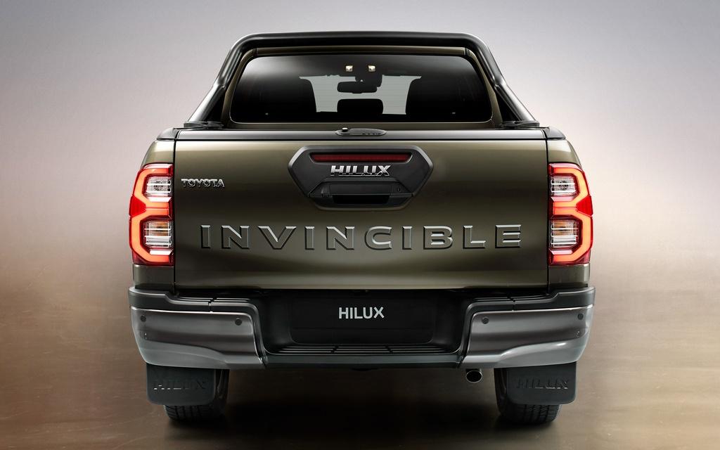 Toyota Hilux 2020 sap ra mat Malaysia anh 11