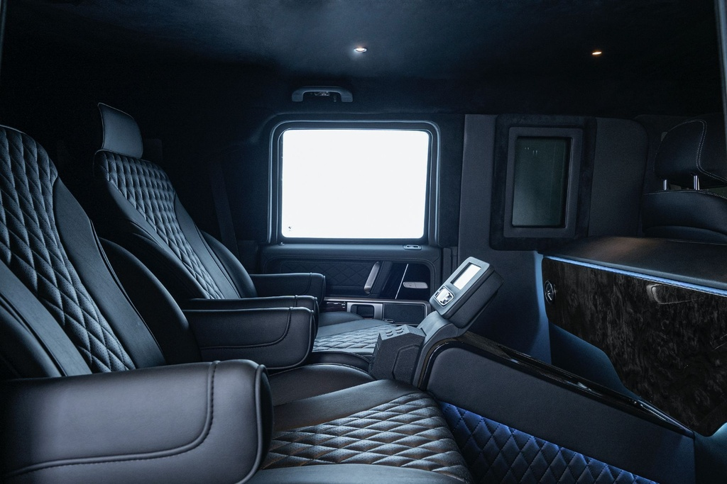 Mercedes-AMG G 63 VIP Limo ra mat anh 7