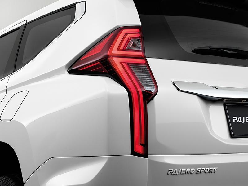 Mitsubishi Pajero Sport GT-PLUS ra mat Thai Lan anh 6