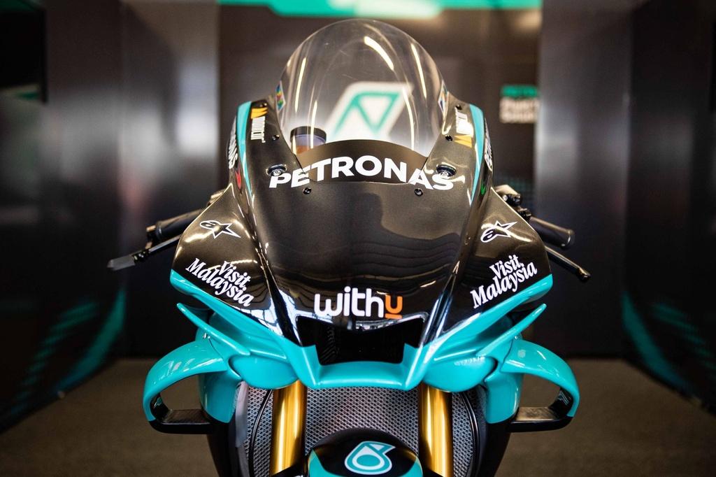 Ban sao xe dua MotoGP ra mat anh 8