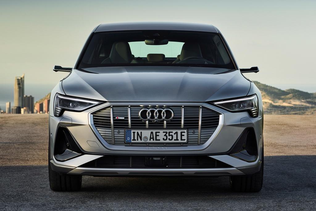 Audi e-tron Sportback  ra mat Anh anh 10