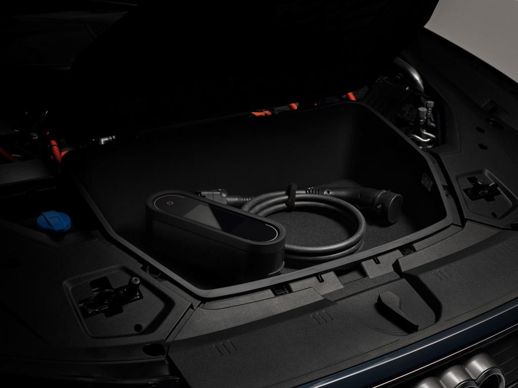 Audi e-tron Sportback  ra mat Anh anh 8