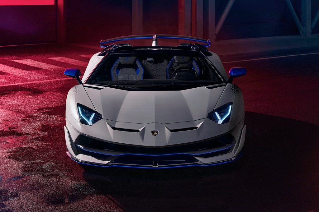 Lamborghini Aventador cham moc 10.000 xe duoc san xuat anh 7