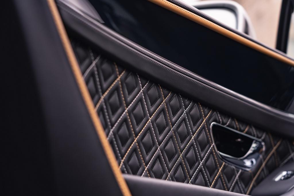 Bentley Continental GT Mulliner duoc ra mat anh 7