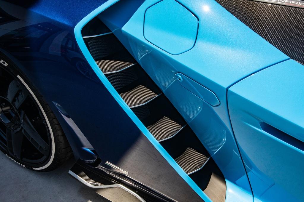 Lamborghini Centenario Roadster mau doc duoc rao ban anh 18
