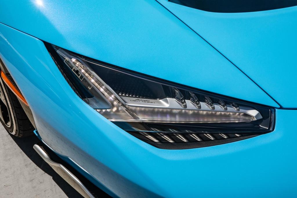 Lamborghini Centenario Roadster mau doc duoc rao ban anh 15