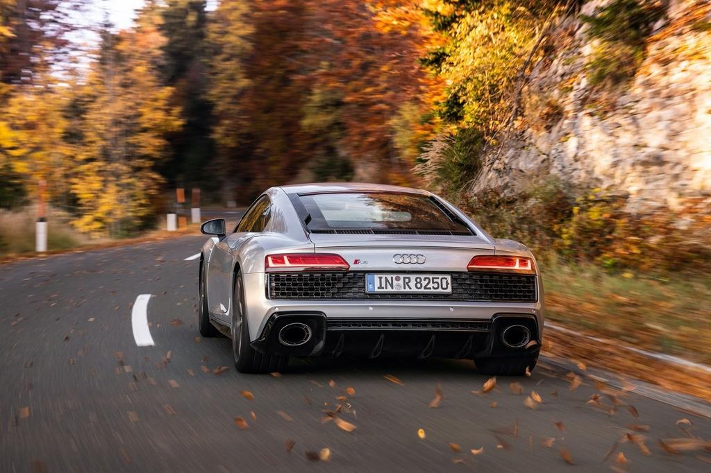 Audi R8 V10 RWD 2021 co gia tu 142.700 USD anh 6