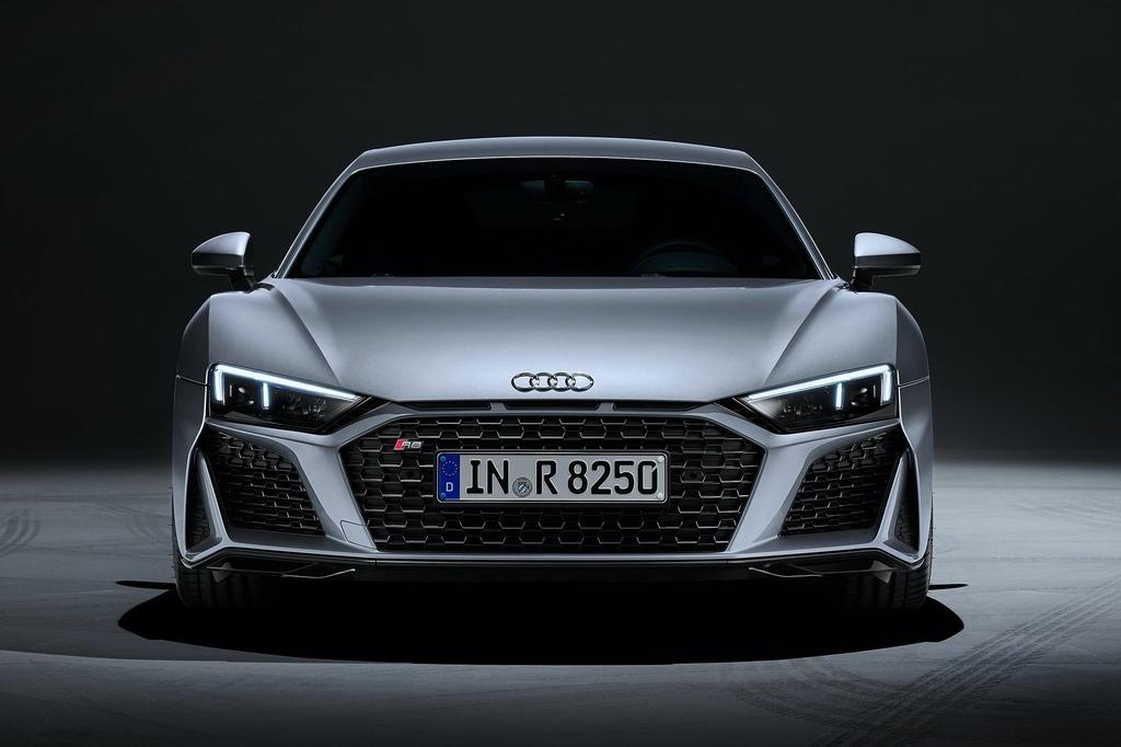 Audi R8 V10 RWD 2021 co gia tu 142.700 USD anh 5