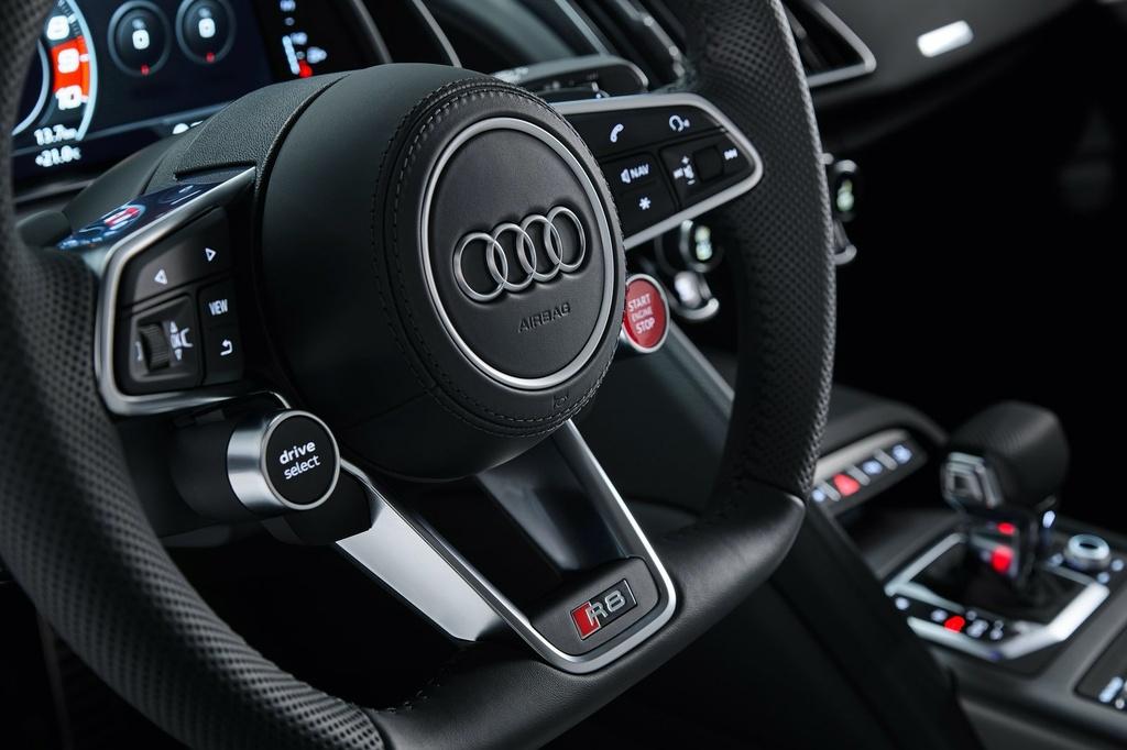 Audi R8 V10 RWD 2021 co gia tu 142.700 USD anh 8