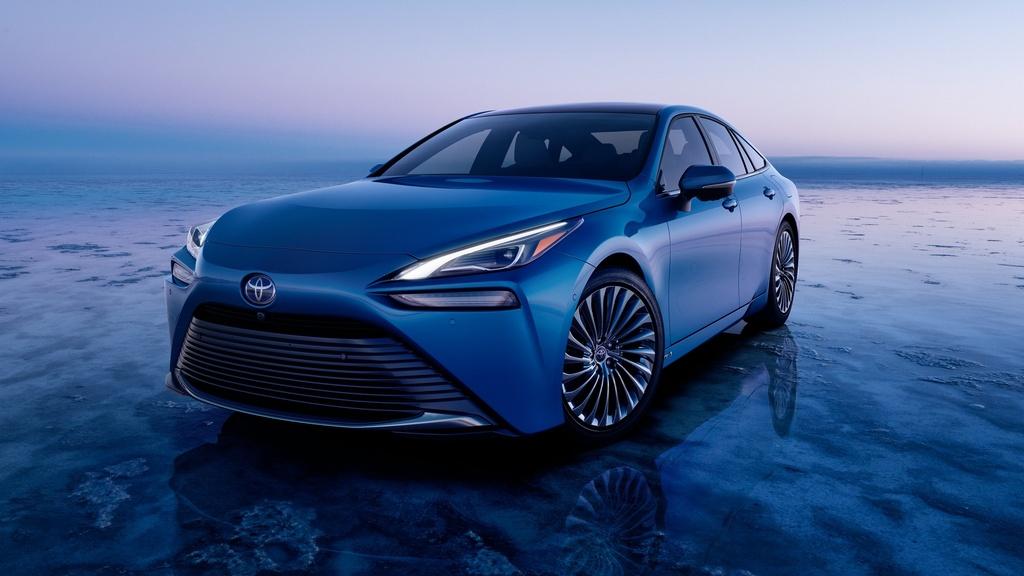 Toyota Mirai 2021 lo dien anh 2