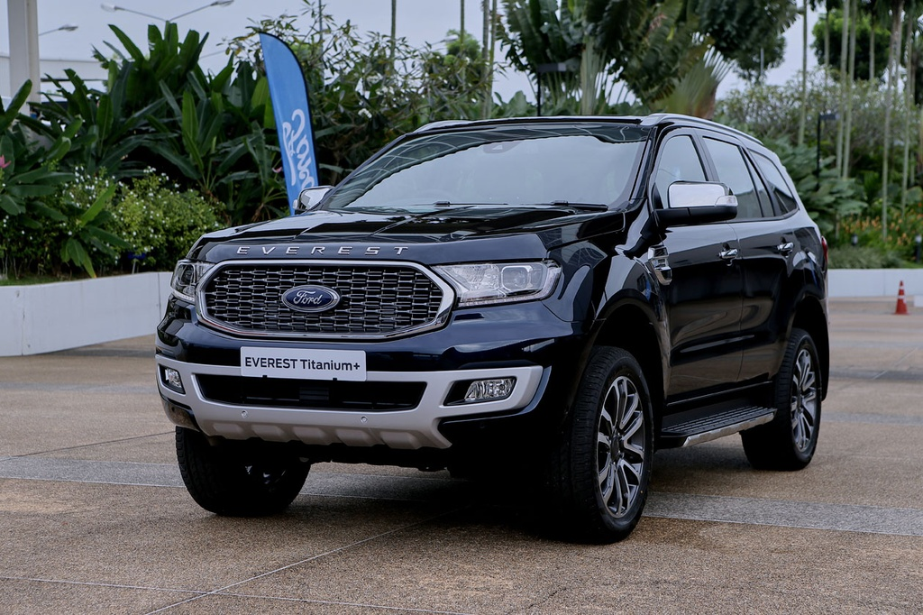 Ford Everest 2021 ra mat anh 1