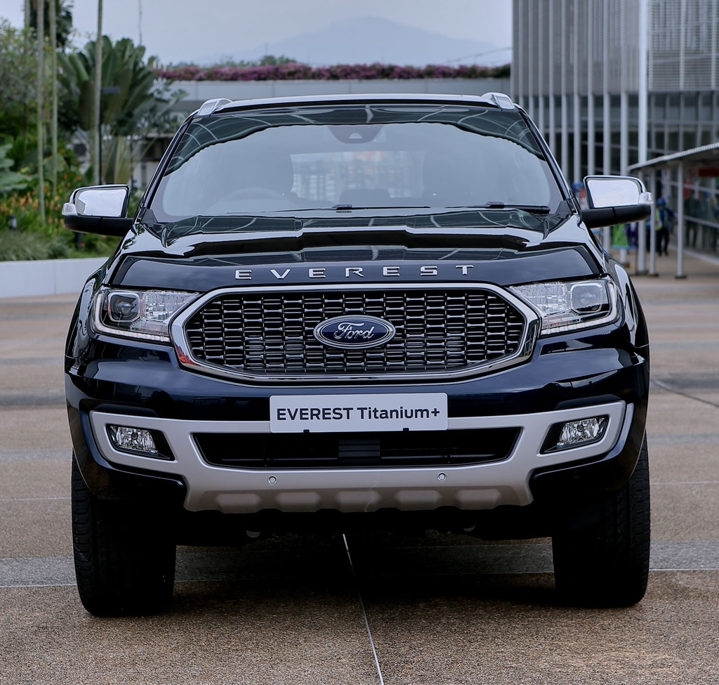 Ford Everest 2021 ra mat anh 2