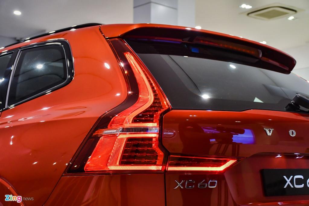 Volvo XC60 R-Design tai Viet Nam anh 8