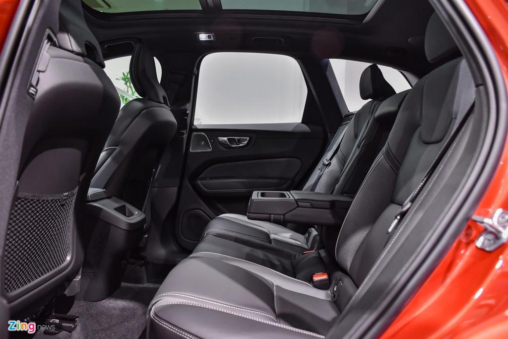 Volvo XC60 R-Design tai Viet Nam anh 15