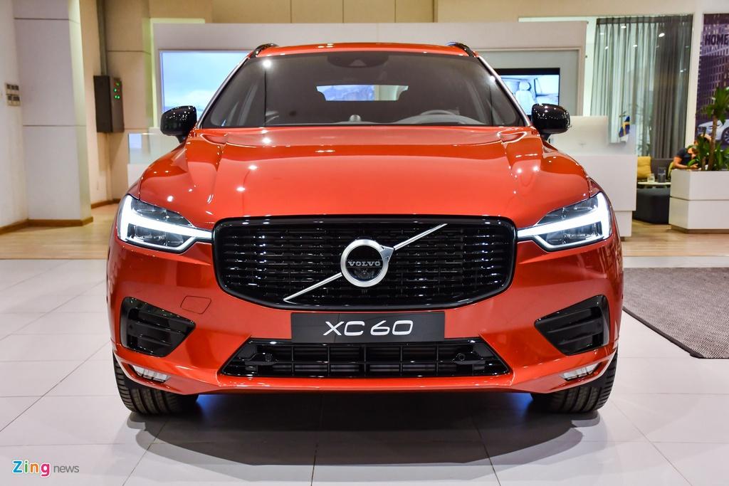 Volvo XC60 R-Design tai Viet Nam anh 3