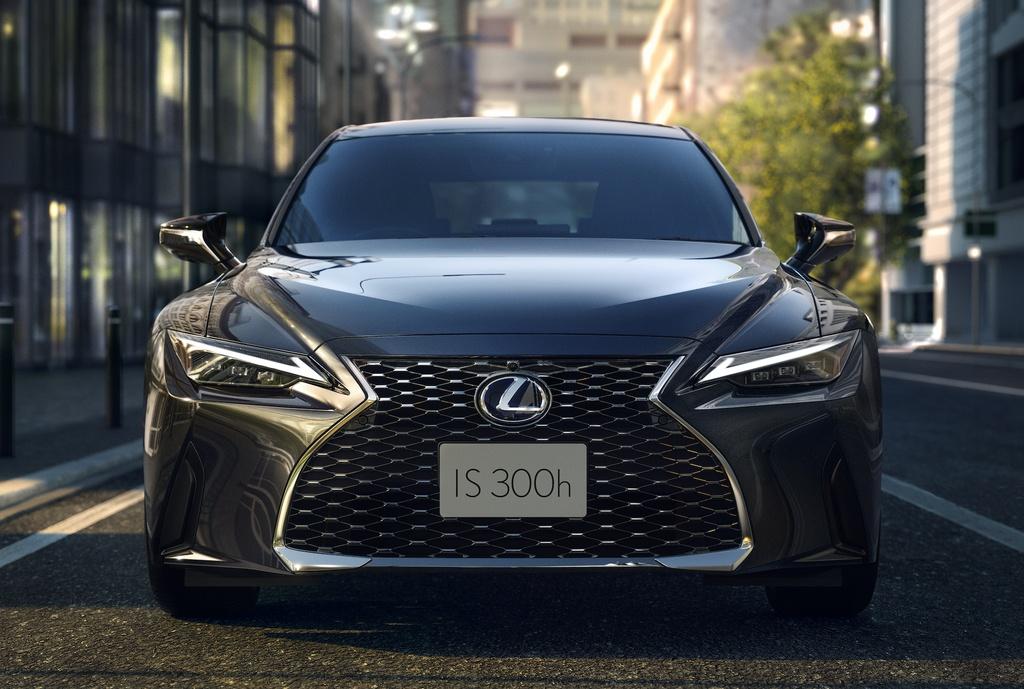 Lexus IS 2021 ra mat anh 2