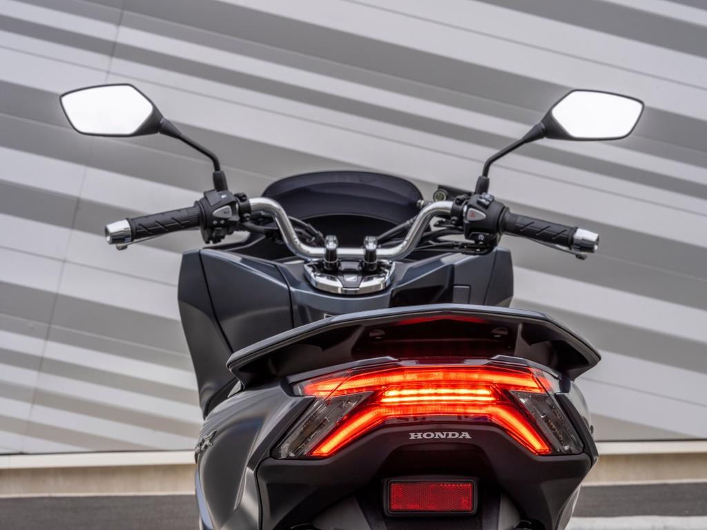 Honda PCX 125 2021 ra mat anh 4
