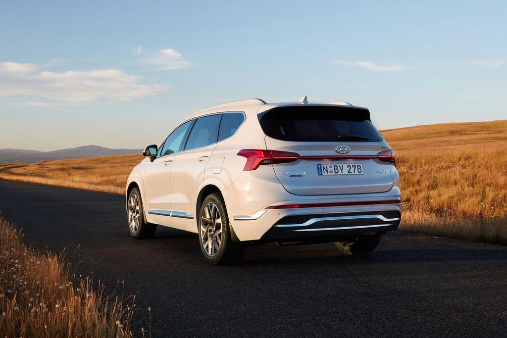 Hyundai Santa Fe 2021 ra mat Australia anh 2