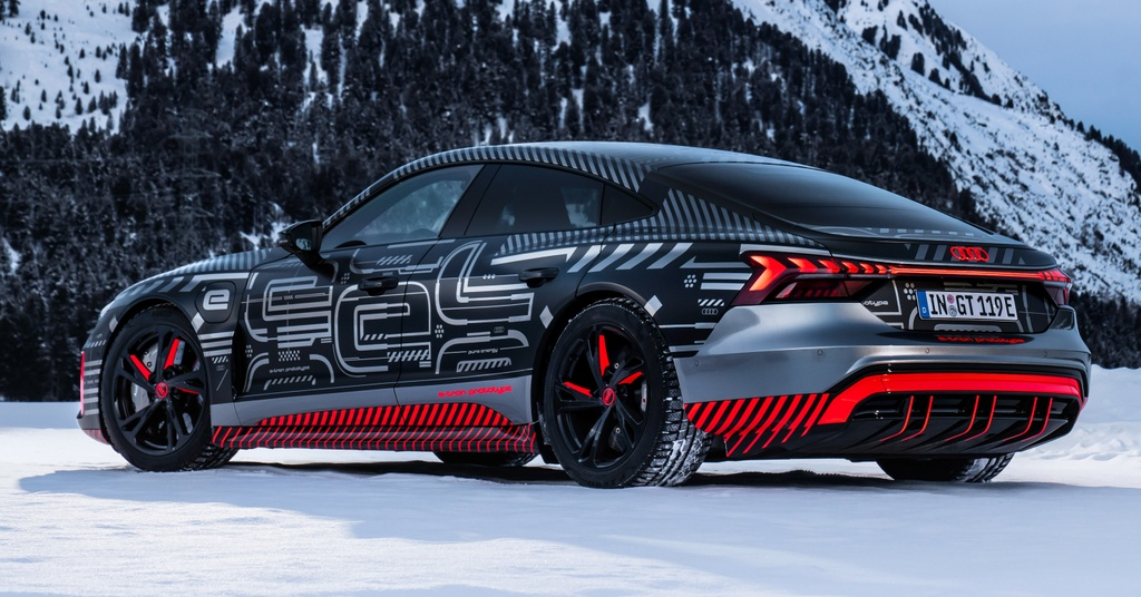 Audi e-tron GT sap ra mat anh 2