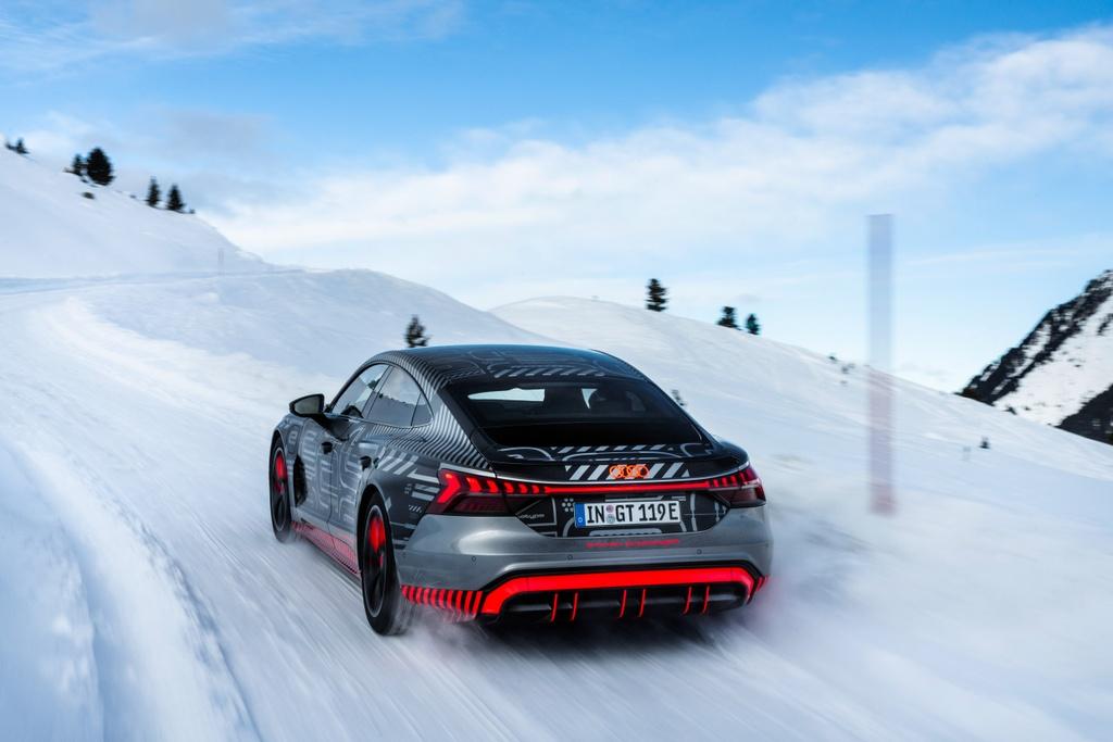 Audi e-tron GT sap ra mat anh 4