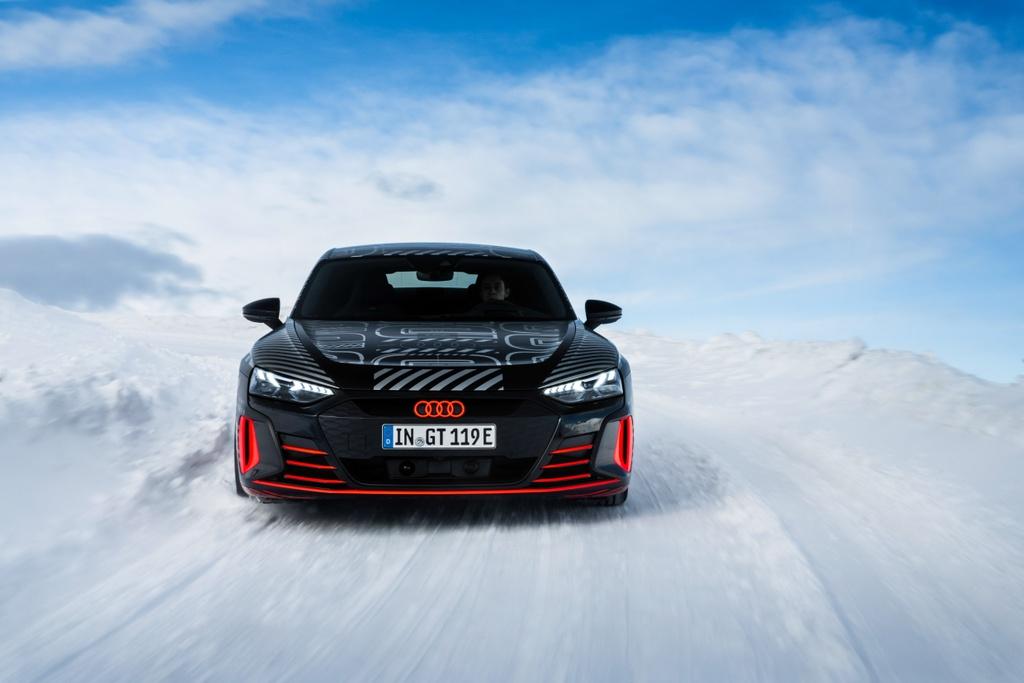 Audi e-tron GT sap ra mat anh 3