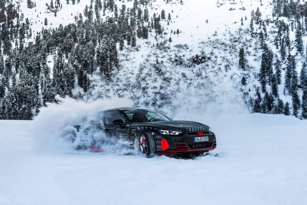 Audi e-tron GT sap ra mat anh 5