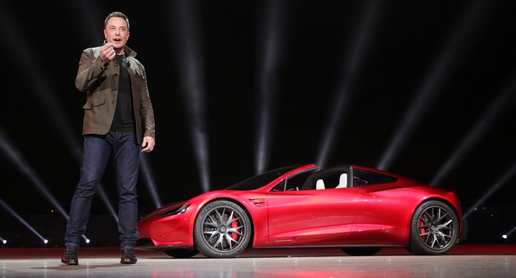 Tesla Roadster ra mat anh 8