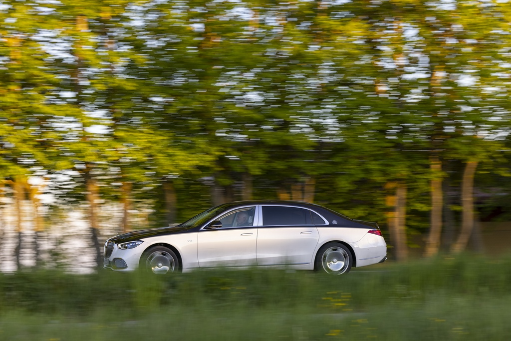 Mercedes-Maybach S-Class 2021 se em nhu Rolls-Royce? anh 4