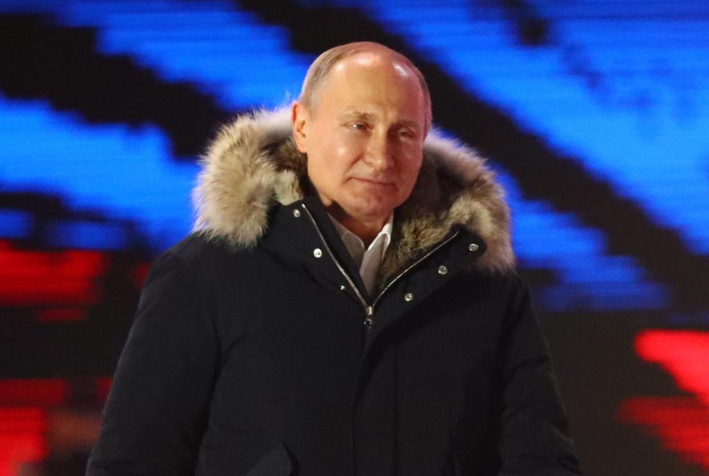 Tong thong Putin: Tao bao, manh me va niem tu hao cua nguoi Nga hinh anh 1