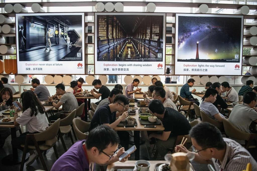Cong viec 'nhieu nguoi them muon' o dai ban doanh Huawei hinh anh 3