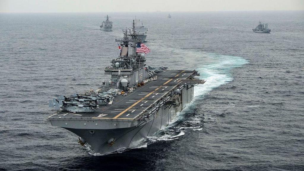 Can canh tau chien USS Boxer duoc cho la da ha guc drone cua Iran hinh anh 1