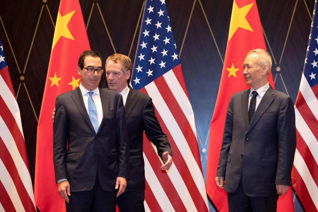 trump ap thue hang Trung Quoc anh 2