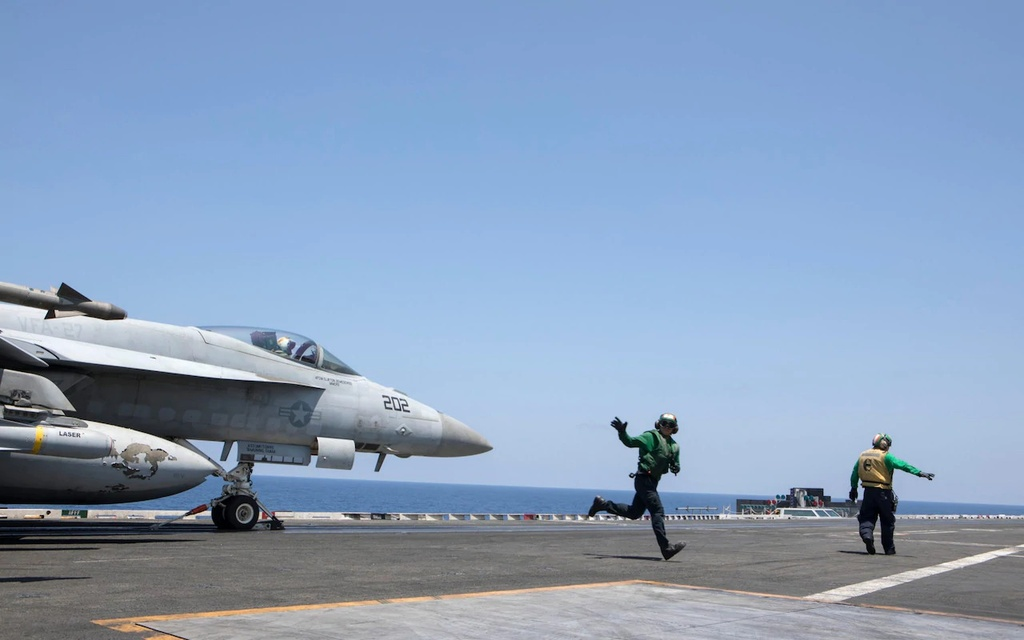 tau chien My USS Ronald Reagan anh 3
