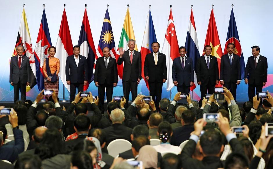 VN lam chu tich ASEAN: Bien Dong, canh tranh My - Trung la thach thuc hinh anh 3