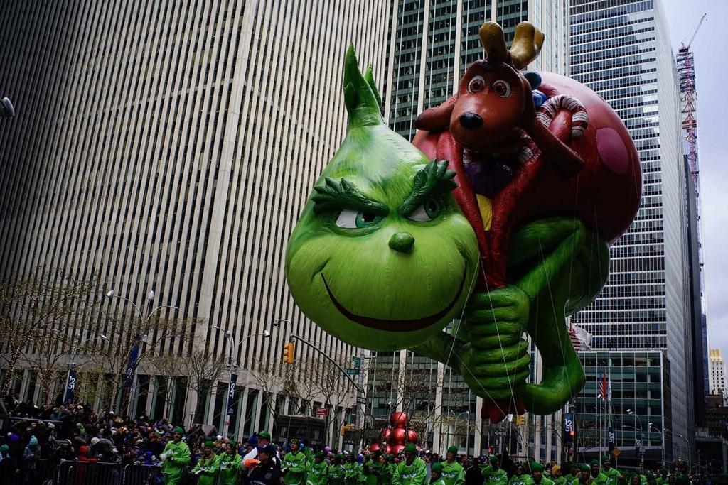 New York tung bung dieu hanh bong bay Pikachu, Son Goku dip le Ta on hinh anh 10