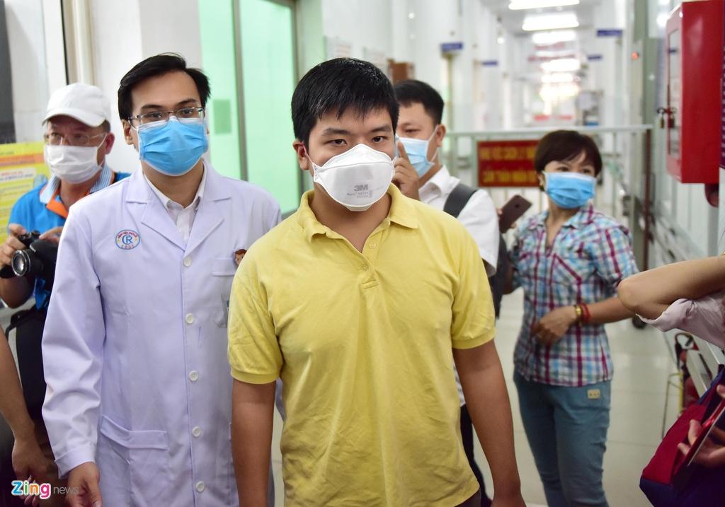 WHO: Viet Nam dang ung pho rat tot voi virus corona hinh anh 3 corona_choray_zing.jpg