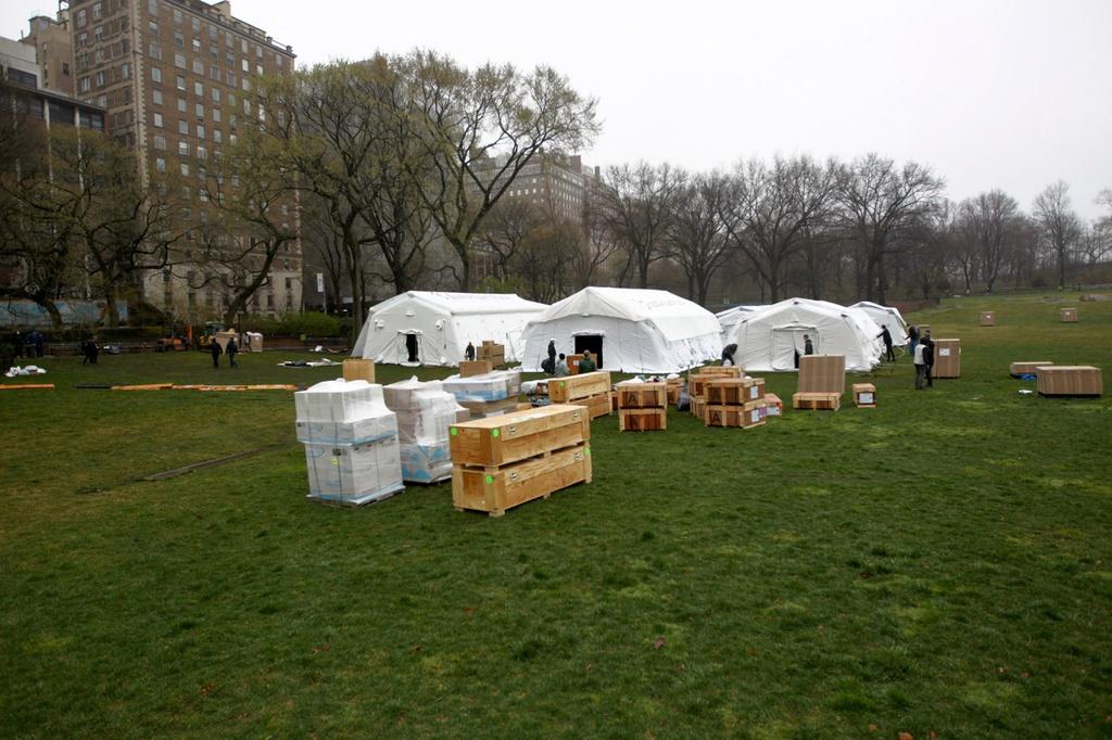 New York lap benh vien da chien o ngay Central Park hinh anh 8 coronavirus_central_park_hospital_03.jpg
