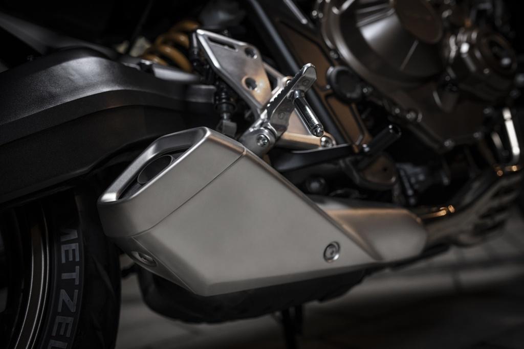 Honda CB650R ra mat VN, nhap tu Thai Lan, gia 246 trieu dong hinh anh 10